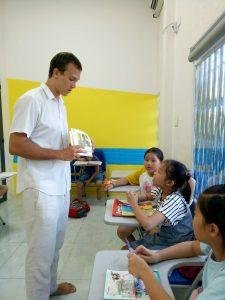 Học tiếng Anh với giáo viên bản xứ